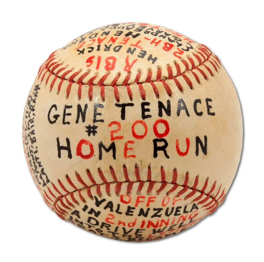 Gene Tenace's 200th career home run baseball, hit on Aug. 25, 1982 off Fernando Valenzuela. Photo: SCP Auctions, Courtesy