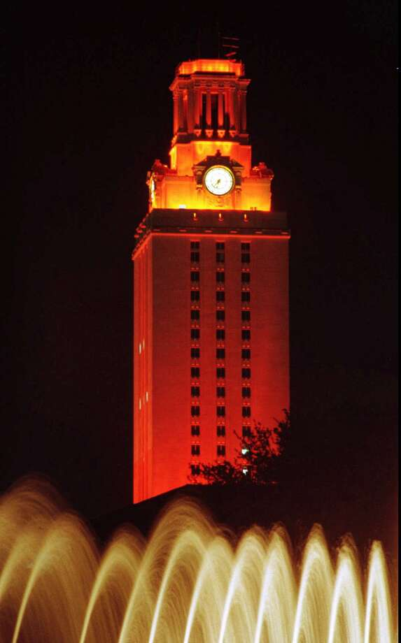 The University of Texas tower in Austin. Photo: REBECCA MCENTEE, MBR / AUSTIN AMERICAN-STATESMAN