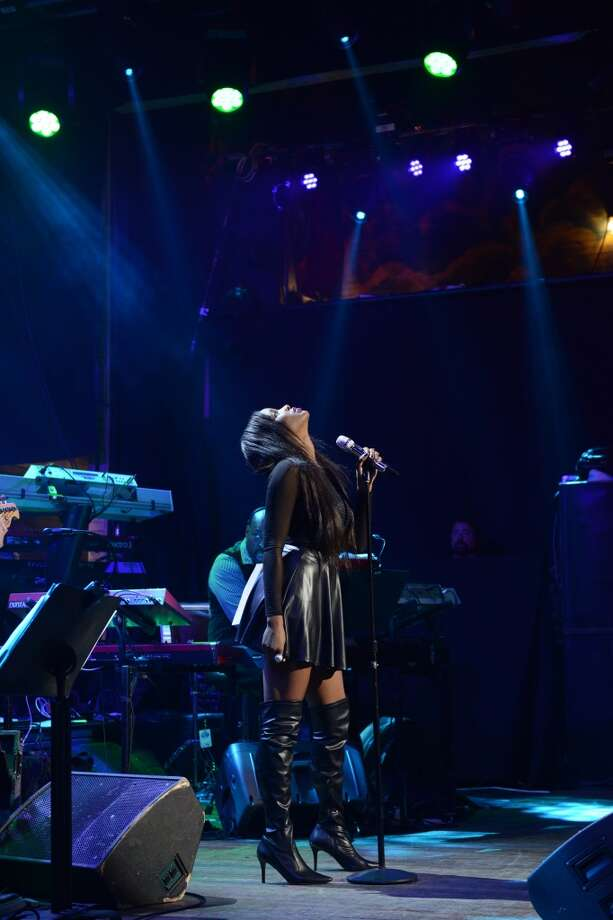 AMERICAN IDOL XIV: Adanna Duru performs at House of Blues.