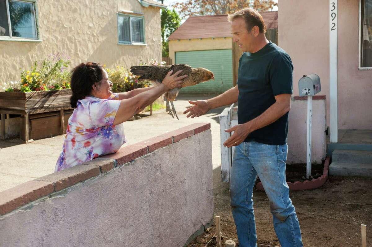 """Kevin Costner overcomes setbacks and predictability in """"McFarland, USA."""""""