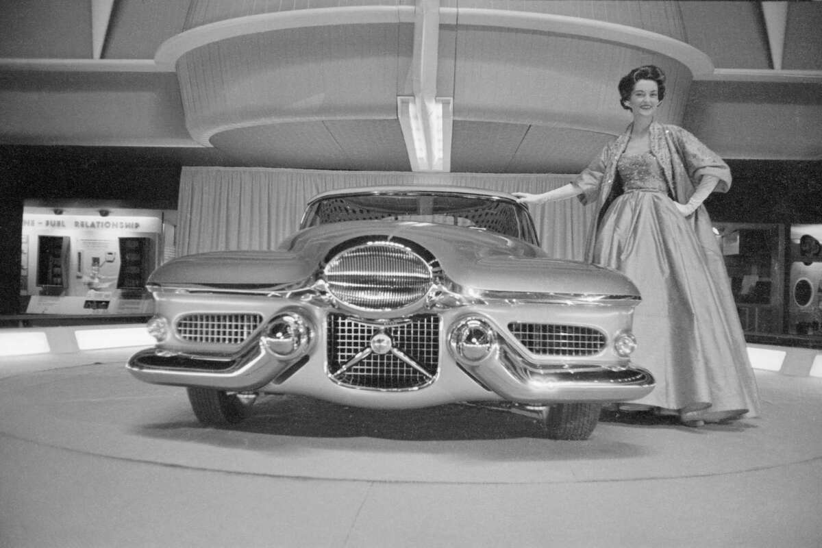 Today's auto shows aren't like they were in the 1950s.
