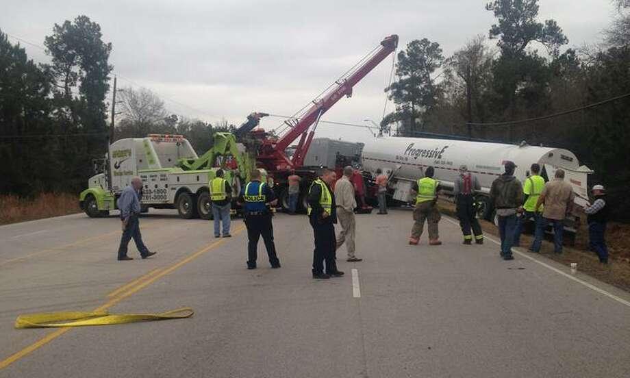 Crews work an accident on US69 in Lumberton. Photo: TxDOT Photo: The Enterprise