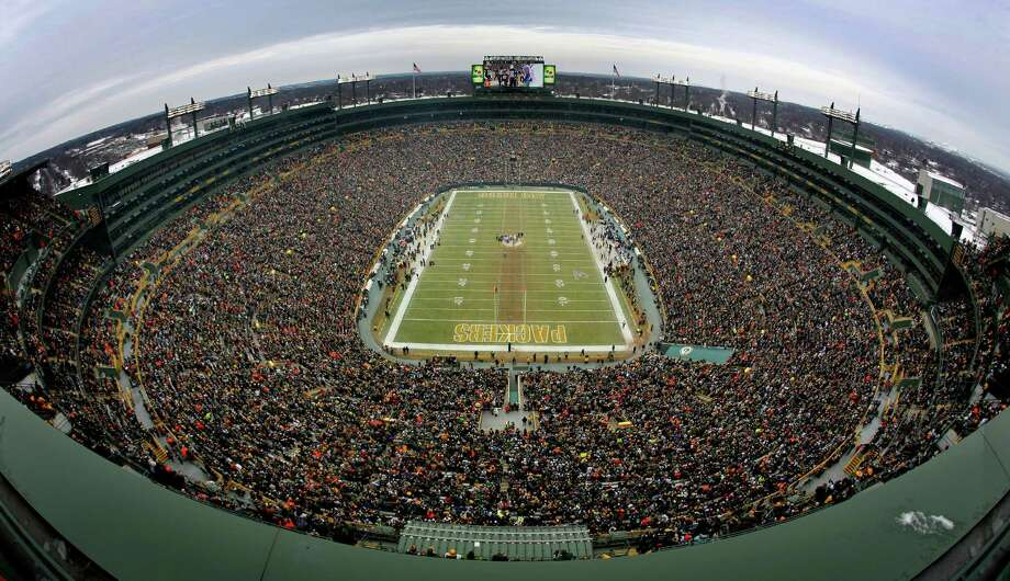 Lambeau Field, Green Bay Packers  Opened: 1957  Cost: $960,000 (all public funding) Capacity: 80,735 Photo: Tom Fox, Staff Photographer / The Dallas Morning News