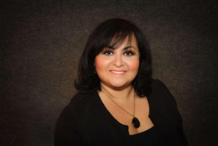 Julie Charros-Betancor es la nueva presidenta  del capítulo texano de la Cámara de Comercio EE.UU.-México. Entre sus objetivos para 2015 figuran intentar duplicar la actual membresía de 100 a 200 miembros. Photo: Cortesía De Julie Charros-Betancor