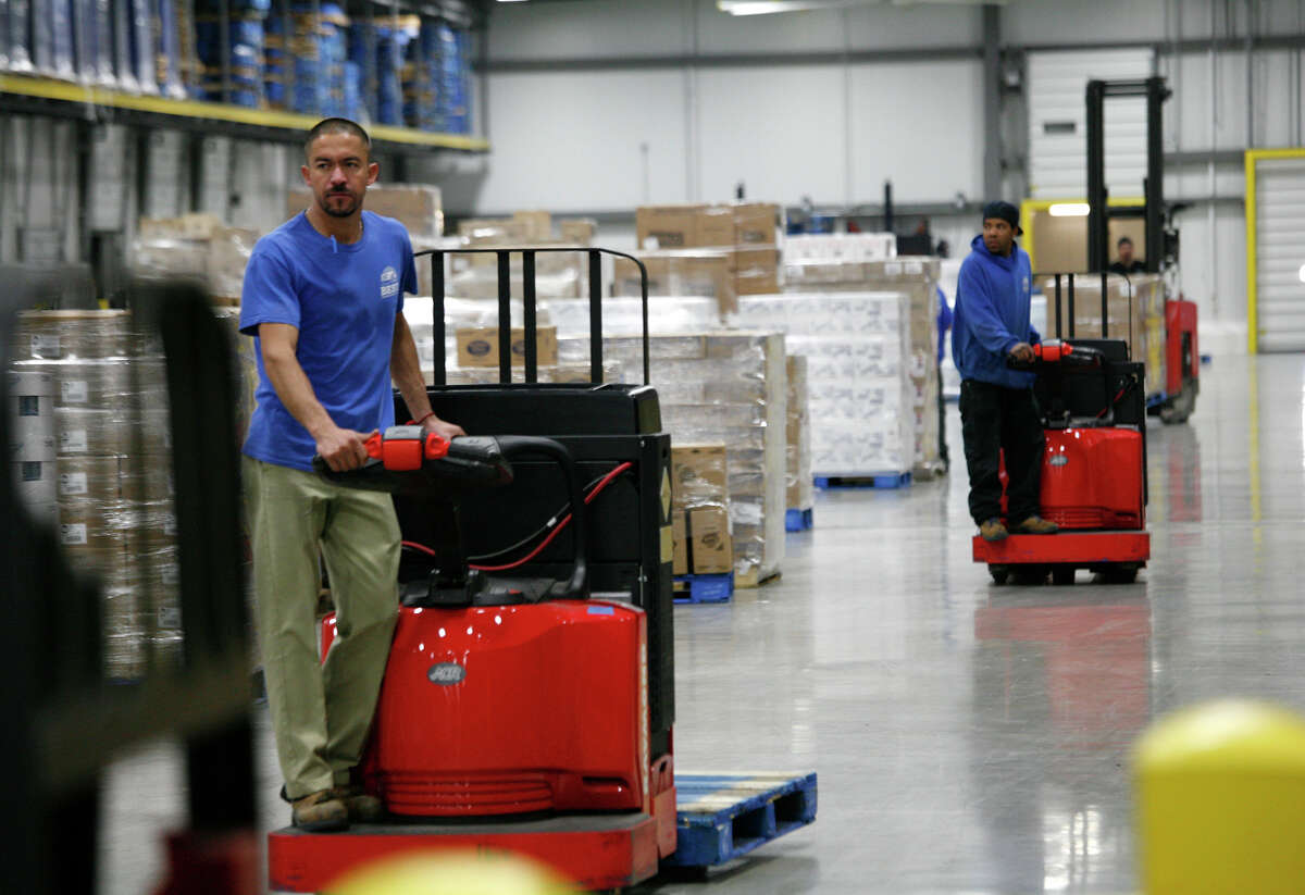 Houston-based Sysco has this distribution center for Central Texas in Schertz. Federal regulators want to block the merger of Sysco and US Foods, saying it would stifle competition.
