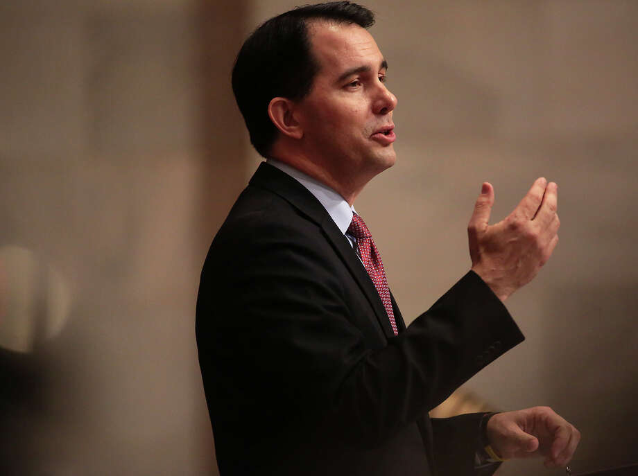 Wisconsin Gov. Scott Walker (above) arrives at the meeting with political momentum. New Jersey Gov. Chris Christie will be seeking to right his nascent 2016 bid for the presidency. Photo: John Hart / Associated Press / Wisconsin State Journal