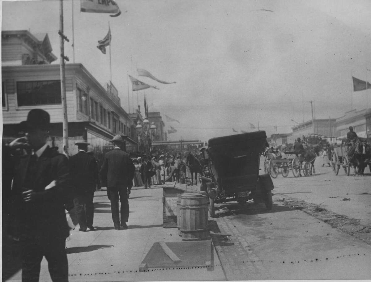 James Van Ness authored an ordinance that created the Western Addition in 1855. In addition to this S.F. street (seen here in 1906 at 4232 Van Ness Avenue), there are roads in Santa Cruz, Fresno and Los Angeles named after him. But Van Ness didn't exactly have the best run as mayor -- his tenure was tarnished by the most notorious double-murder and vigilante justice case in S.F. history.