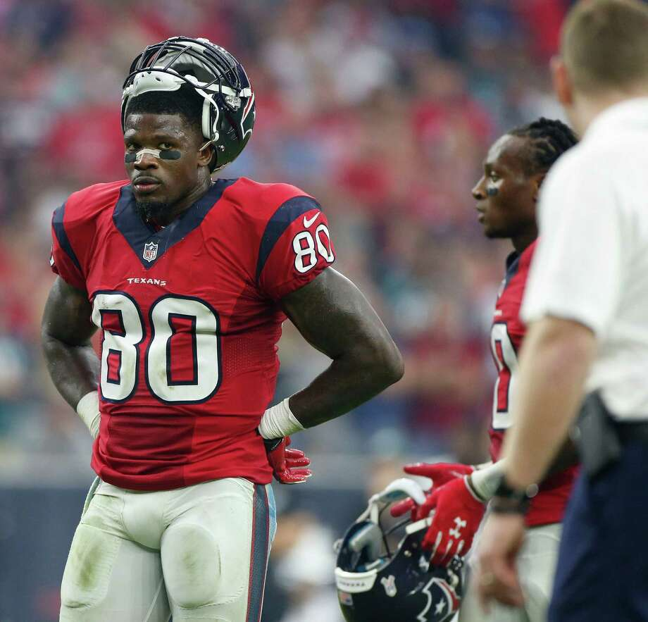 Andre Johnson leaves the field in December after playing in the 169th and, as it turned out, final game of a Texans career that saw him make seven Pro Bowls. Photo: Karen Warren, Staff / © 2014 Houston Chronicle