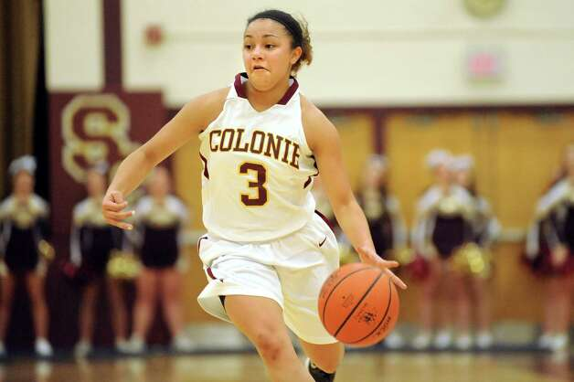 Colonie's Aliyah Wright drives up court during their basketball game against Mohonasen on Friday, Jan. 9, 2015, at Colonie High in Colonie, N.Y. (Cindy Schultz / Times Union) Photo: Cindy Schultz / 00030149A