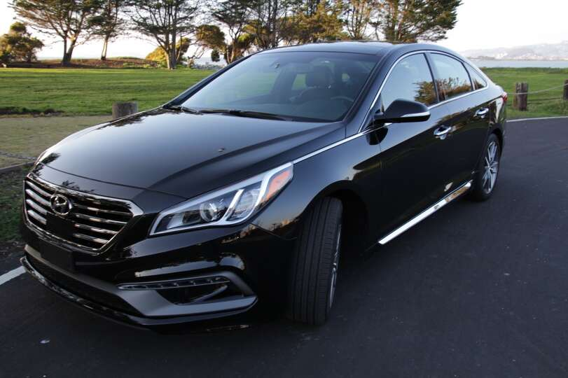 the 2015 hyundai sonata sport its retail price is 34 460 photo houston. Black Bedroom Furniture Sets. Home Design Ideas