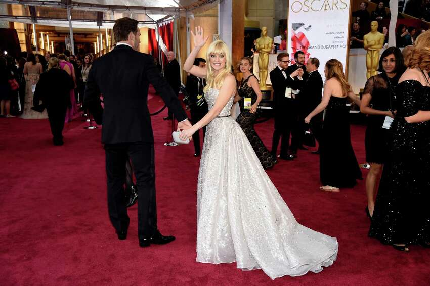 Anna Faris also has strong Washington ties. Faris was raised in Edmonds and graduated from the University of Washington. She and Pratt met years later on a set. (Photo by Chris Pizzello/Invision/AP)