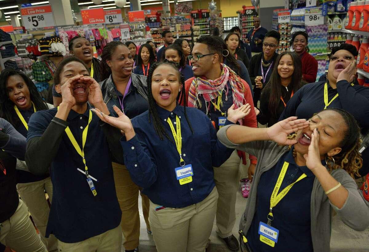 156,195 The number of Walmart employees in Texas (Source:Walmart)