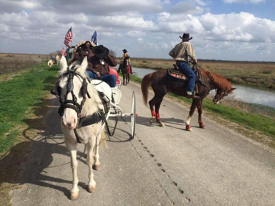 The Northeastern Trail Riders, preparing to circle the wagons. Photo: Leah Binkovitz