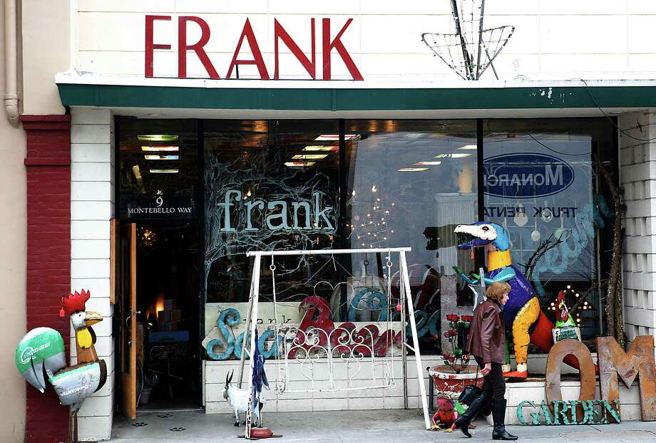 Frank, across from the town square, offers a selection of cheeky and whimsical goods from humorous greeting cards to driftwood pieces. Photo: Liz Hafalia / The Chronicle / ONLINE_YES