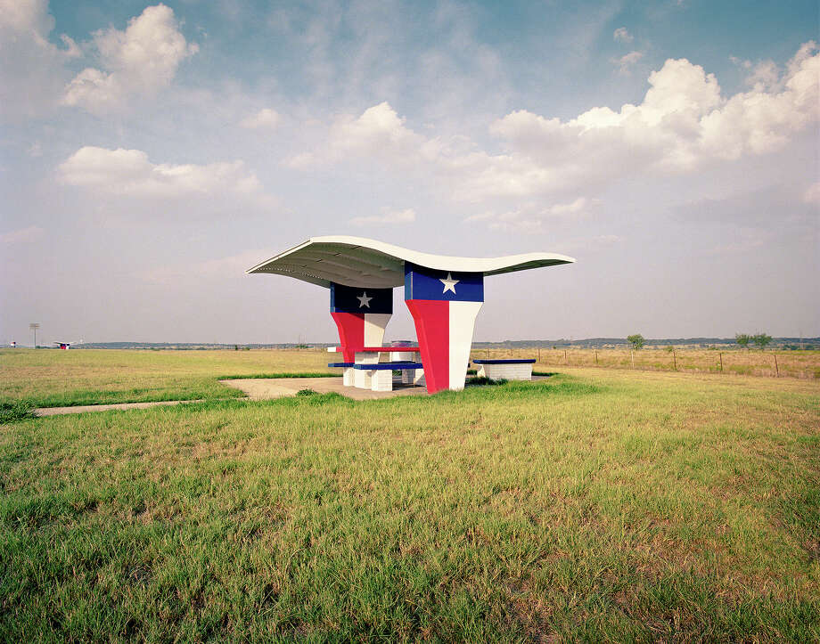 """Flower Mound, Texas, I-35W. From """"The Last Stop: Vanishing Relics of the American Roadside."""" Photo: 1996-98 AccuSoft Inc.,  All Rights Reserved, Courtesy Ryann Ford"""