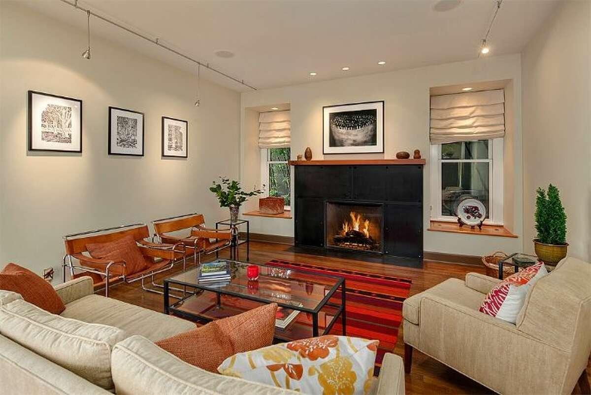 Living room of 3101 S. King St.