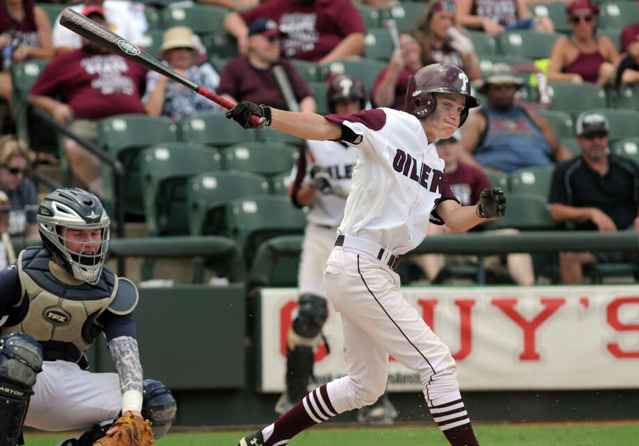 Pearland's Caleb Maly is a key returning veteran this season for the Oilers, who host their own tournament this weekend. Photo: Jerry Baker, Freelance