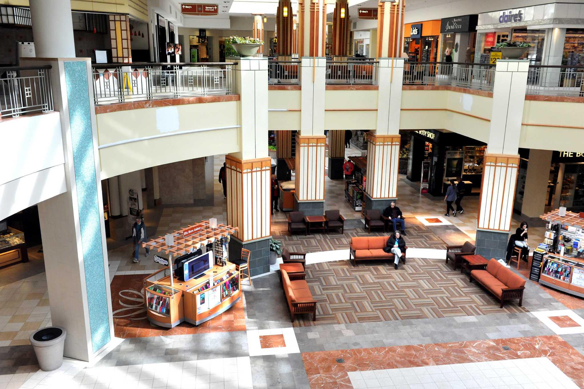 Colonie mall movie / Le voltaire paris restaurant menu