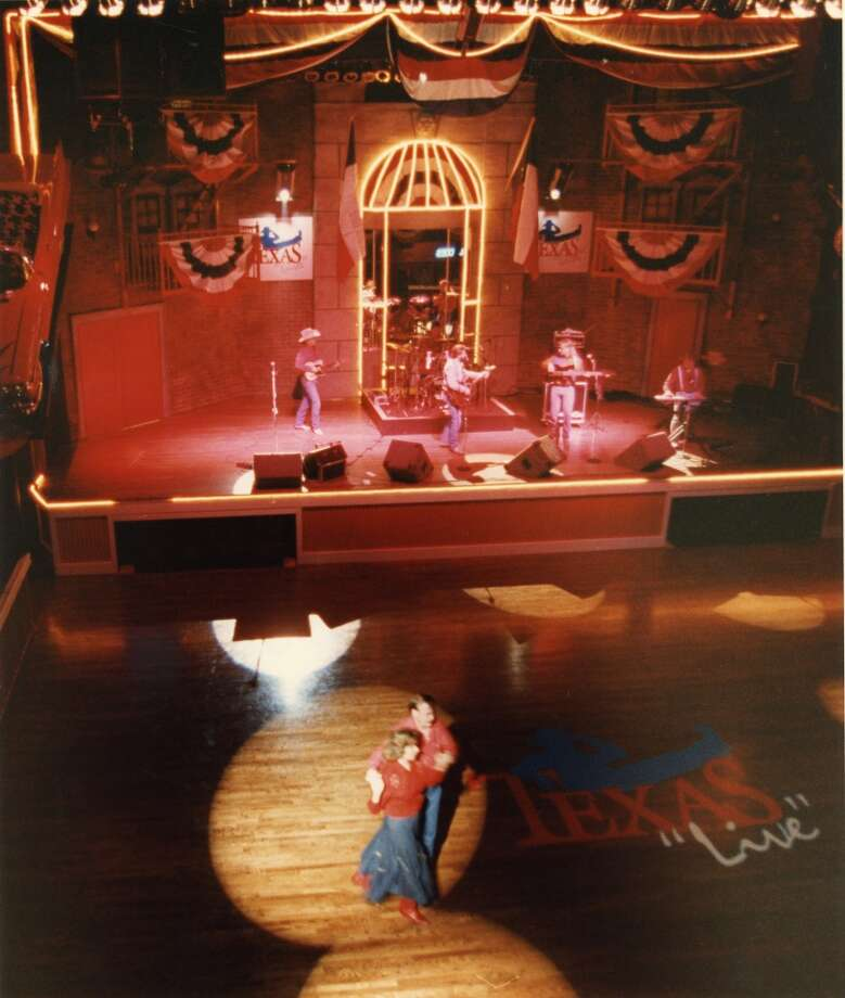 12/08/1992 - Texas Live, 6400 Richmond, is the new country-western dance club with live music. Photo: Craig H. Hartley, Houston Chronicle