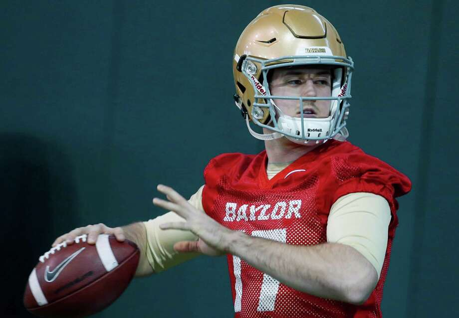 Baylor quarterback Seth Russell warms up during the first day of spring football drills, Tuesday, Feb. 24, 2015, in Waco. Photo: Rod Aydelotte /Waco Tribune-Herald / Waco Tribune Herald