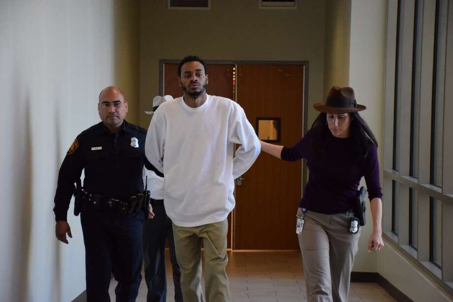 Jacquay Howard, 21, was a arrested in Houston on Friday after more than a month on the run. On Monday, he was extradited to San Antonio, where he will face a charge of capital murder. Photo: Mark D. Wilson/San Antonio Express-News