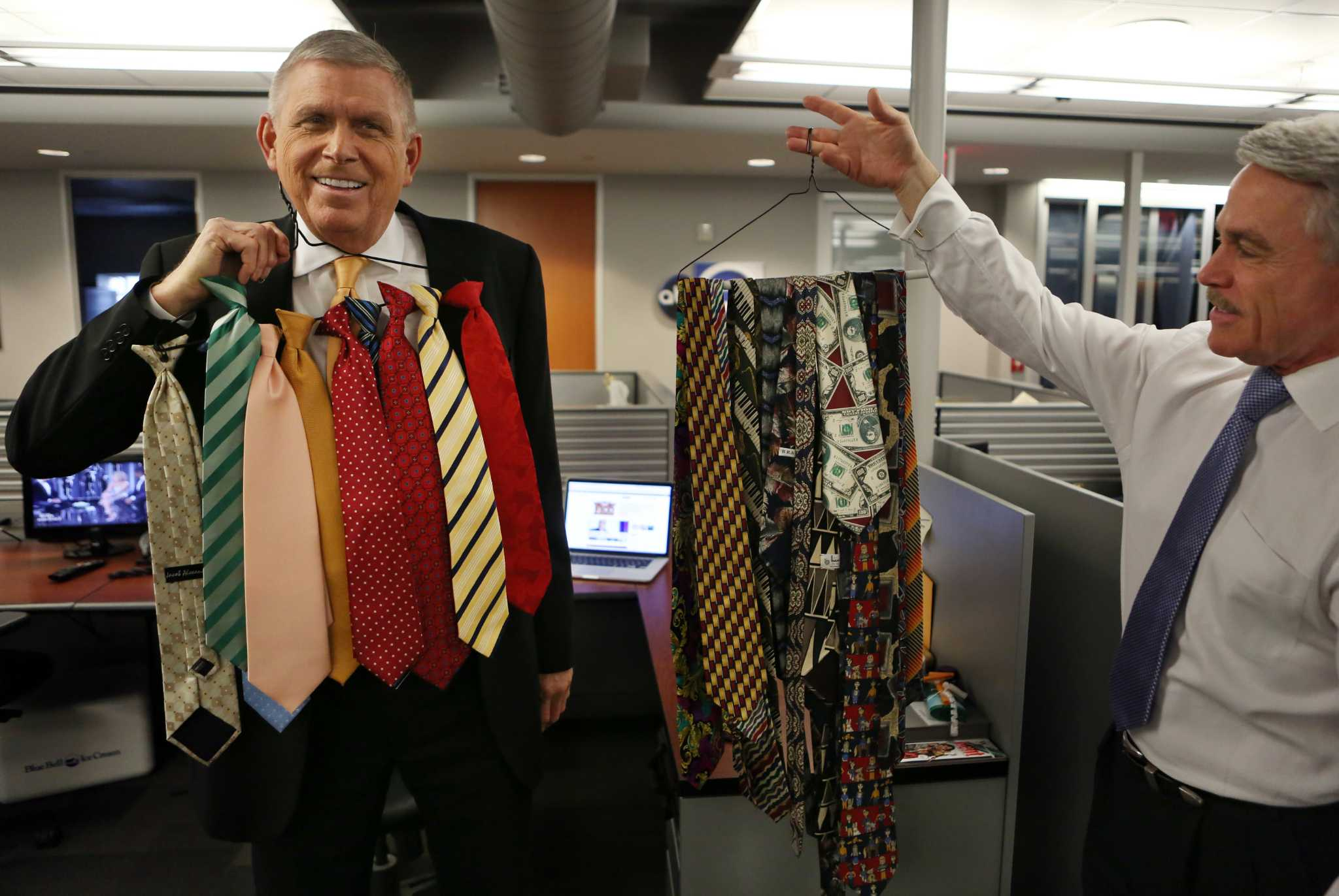 Ktrk S Don Nelson Can Sleep In After Friday Houstonchronicle Com