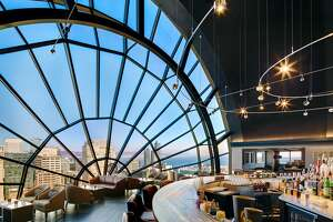 Panorama-filled View Lounge emerges from $2 million remodel - Photo