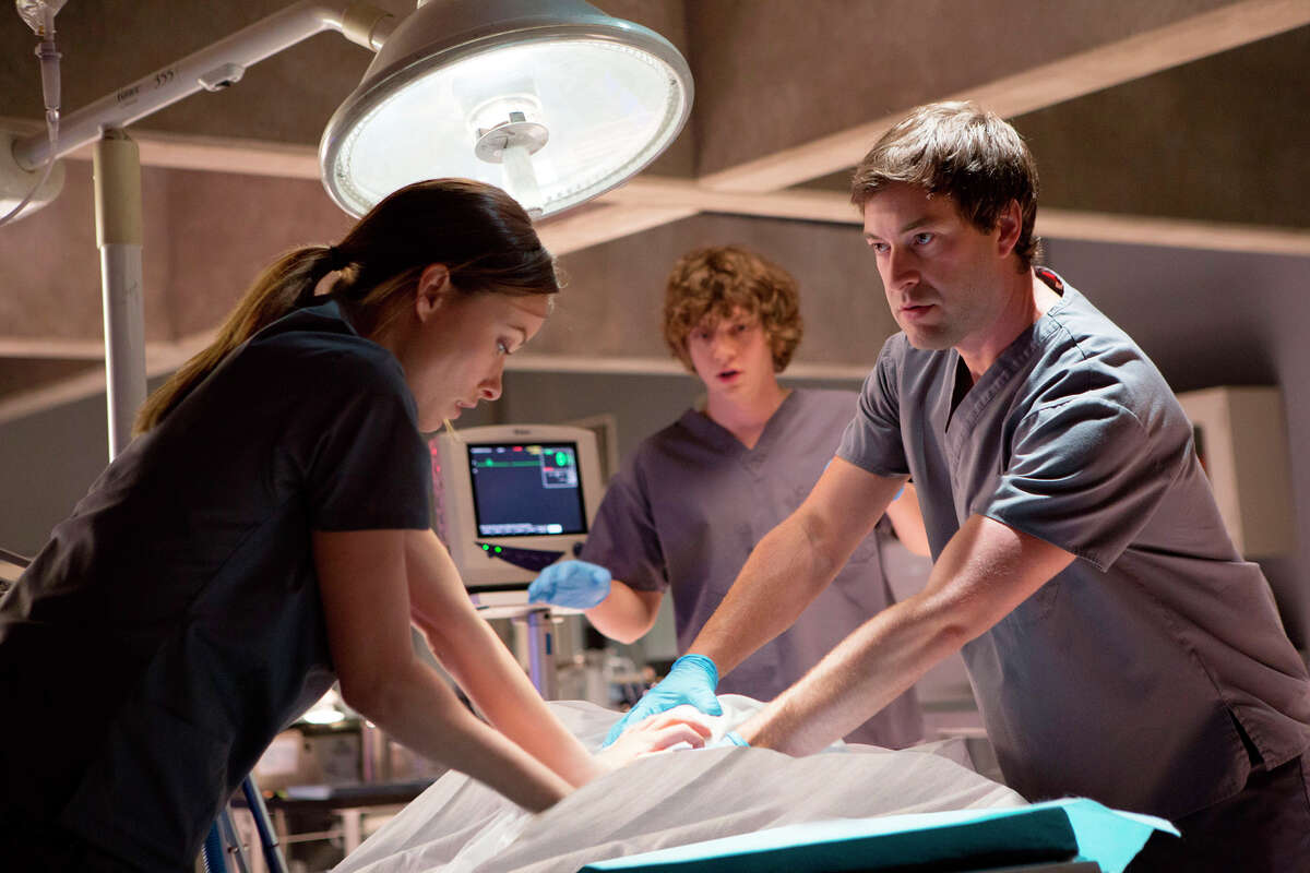 """Olivia Wilde, Evan Peters and Mark Duplass play with science trying to bring back the dead in the dramatic thriller """"The Lazarus Effect,"""" directed by David Gelb."""