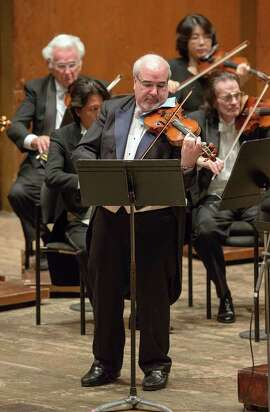 Concertmaster Glenn Dicterow plays with the New York Philharmonic. He will lead the New Century Chamber Orchestra in several concerts throughout the Bay Area, beginning Thursday, March 5, in Berkeley.