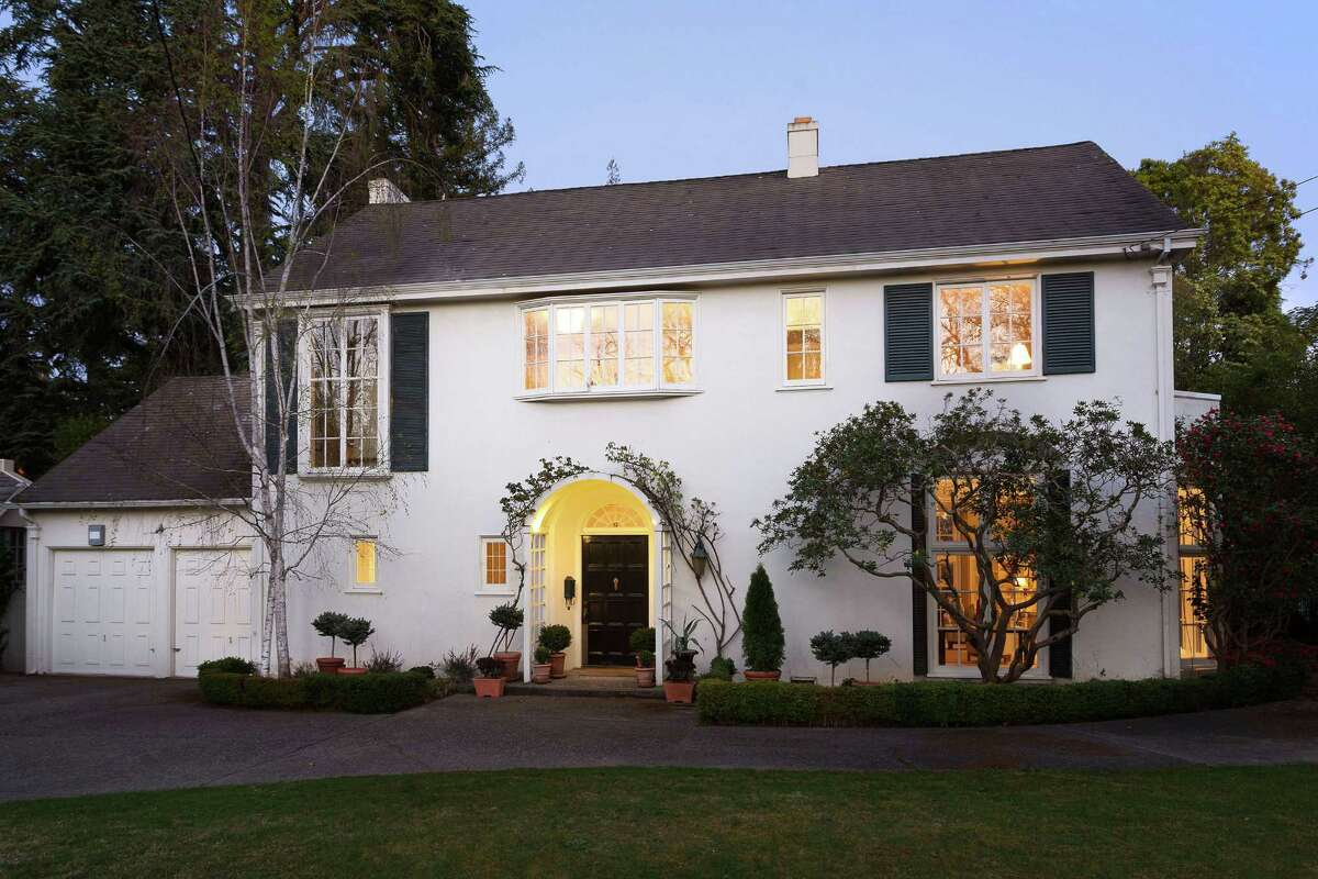 12 Sea View Ave. sits on roughly two-thirds of an acre on one of Piedmont's most coveted streets.