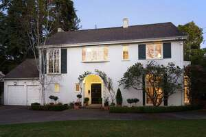 Hot Property: Colonial Revival in Piedmont exudes Americana - Photo