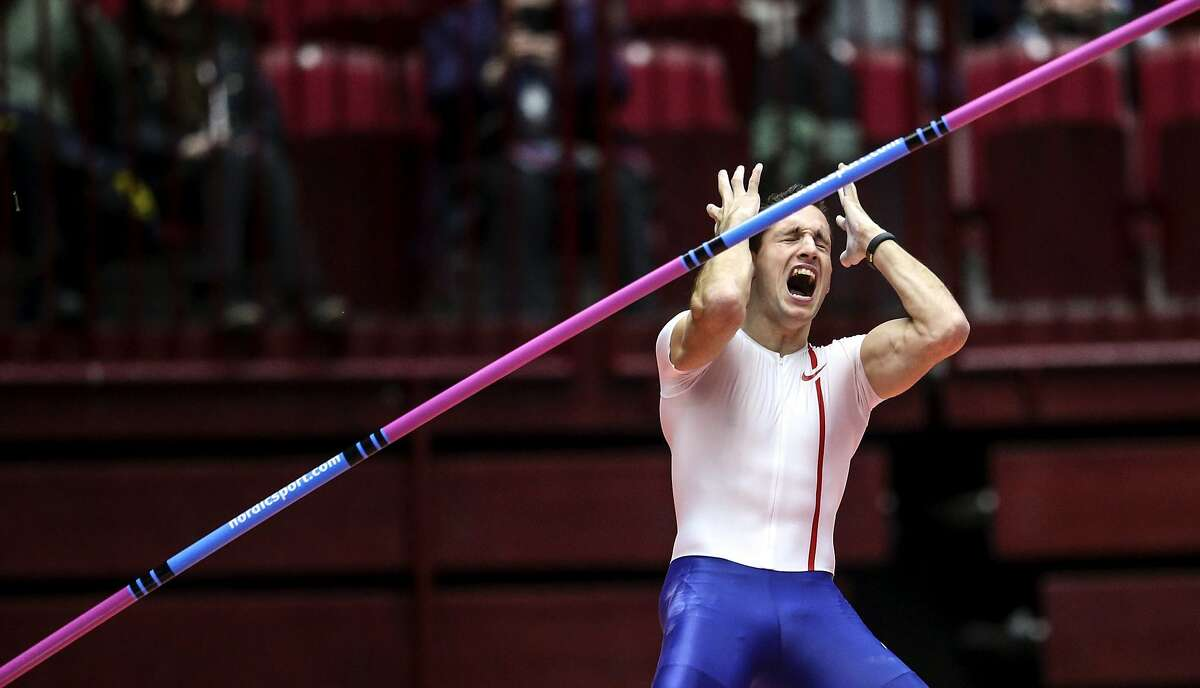 5.92! THAT'S AWFUL! Renaud Lavillenie, pole vault world record holder, reacts after failing to improve on 5.92 meters in Malmo, Sweden, still far off his indoor record of 6.16 meters.