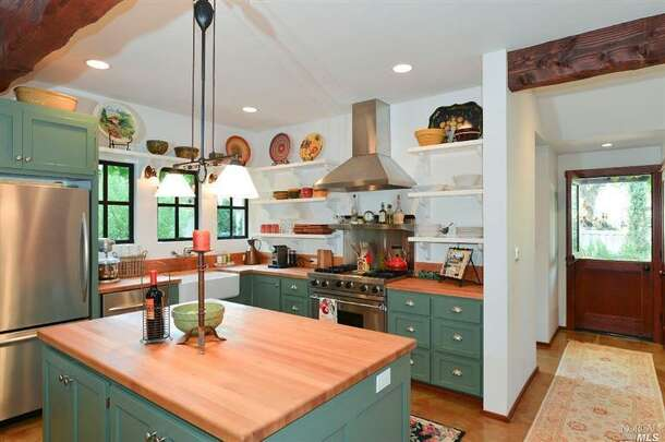 1519 Lake Street, Calistoga: The country kitchen in the home.