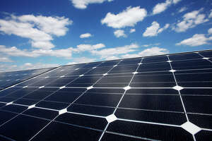 Google's big new solar investment - Photo