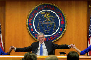 Net neutrality decision cheered by tech, decried by telecoms - Photo