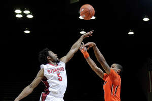 Cardinal roll past Beavers in 2nd half 75-48 - Photo