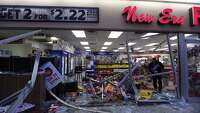 Customer hurt in smash-and-grab - Photo