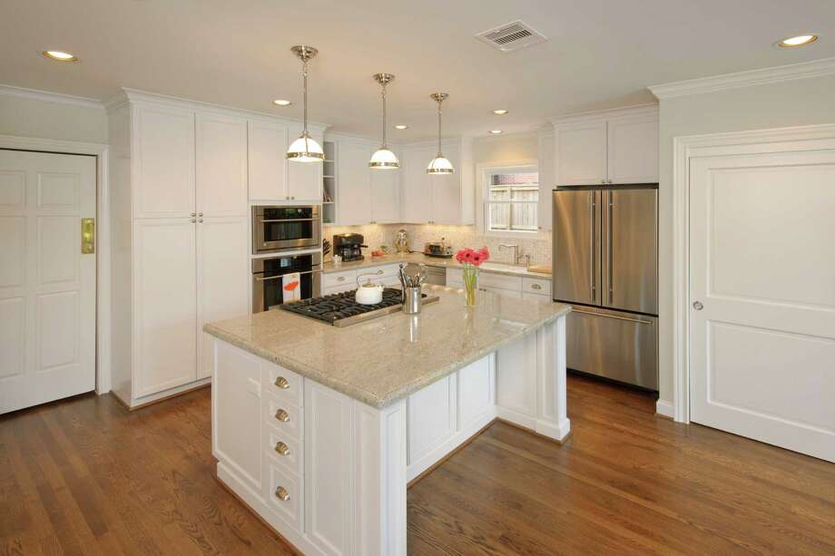 This Kitchen Was By Remodelers Of Houston. Photo: BRUCE GLASS / Bruce Glass