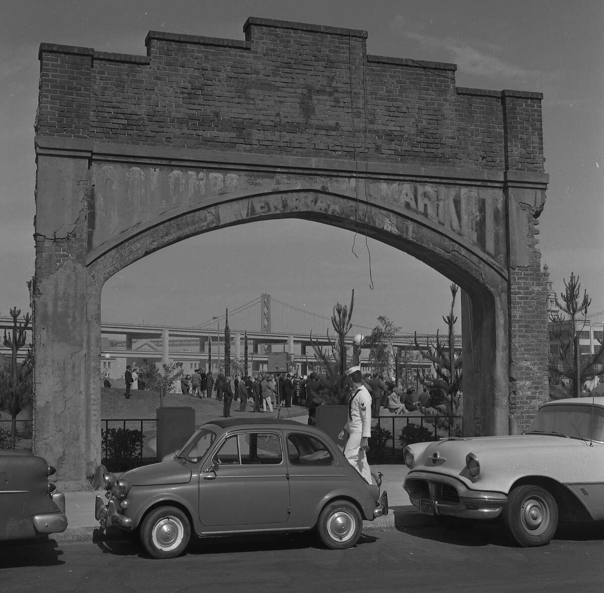 The Colombo Market arch in Sidney Walton Square Park at the Golden Gateway development in June of 1965.