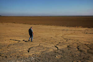 New drought low: Feds' water likely won't go to farms - Photo