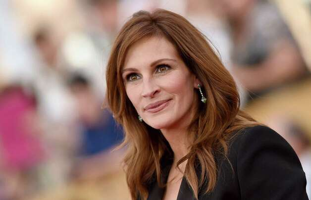 Julia Roberts, 47, arrives at the Screen Actors Guild Awards on Jan. 25, 2015 in Los Angeles. Photo: Axelle/Bauer-Griffin, FilmMagic / 2015 Axelle/Bauer-Griffin