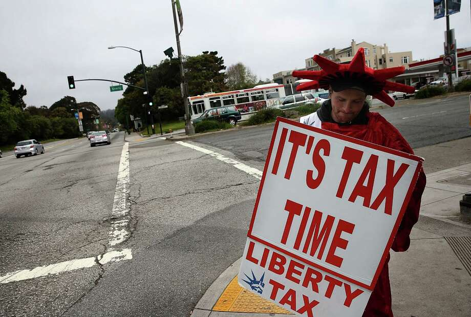 April 15 is the deadline to file federal income taxes. Photo: Getty Images File Photo / 2014 Getty Images