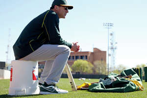 Killion: With so many new faces, A's bonds will be tested - Photo