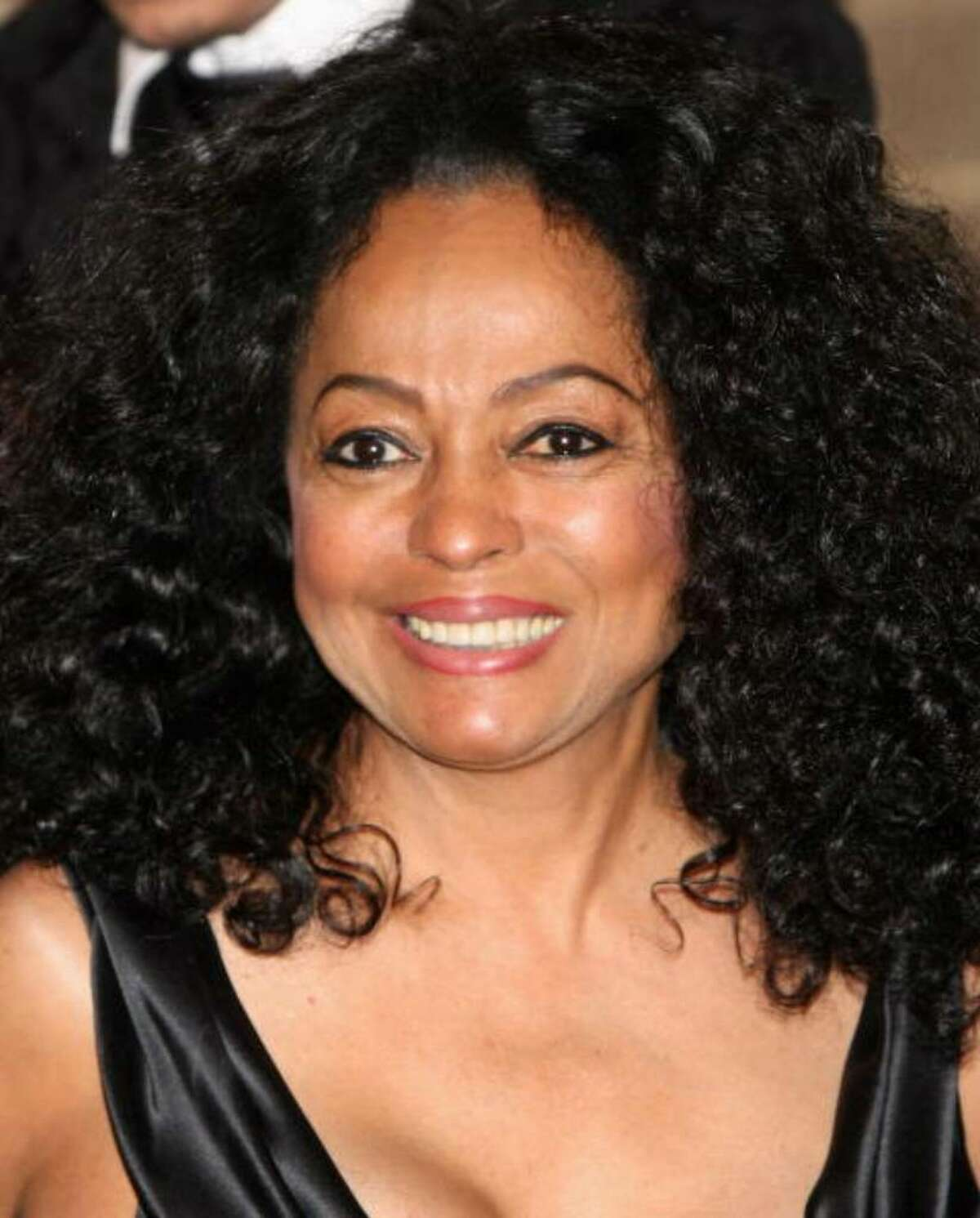 Singer Diana Ross arrives at the Norwegian Nobel Committe Banquet at the Grand Hotel on December 10, 2008 in Oslo, Norway. Ross is asking Greenwich officials to reduce the tax bill on the Belle Haven home where she used to live. (Photo by Chris Jackson/Getty Images)