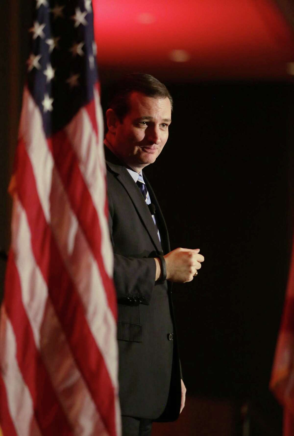 Sen. Ted Cruz showed off the populist chops that excite his GOP base in a visit to the Florida home ground of potential presidential rival Jeb Bush.