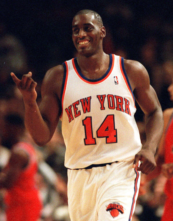 FILE - In this Dec. 3, 1995 file photo, New York Knicks Anthony Mason runs down court during an NBA basketball game against the Washington Bullets in New York.  The New York Knicks spokesman Jonathan Supranowitz confirmed Saturday, Feb. 28, 2015 that Mason, a rugged power forward who was a defensive force for several NBA teams in the 1990s, has died. He was 48.  (AP Photo/Ron Frehm) ORG XMIT: NY116 Photo: RON FREHM / AP