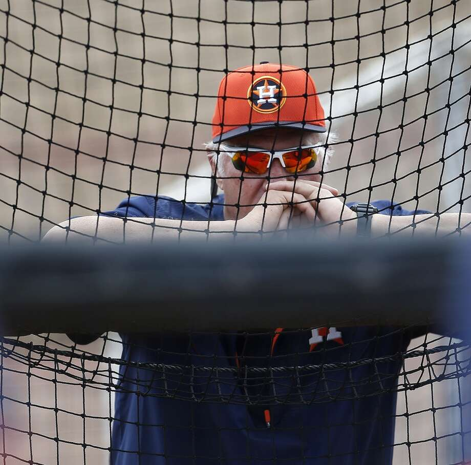 Triple A Fresno hitting coach Leon Roberts watches batters during Houston Astros spring training workouts at the Osceola County facility, Sunday, March 1, 2015, in Kissimmee. ( Karen Warren / Houston Chronicle  ) Photo: Karen Warren, Houston Chronicle