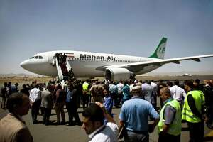 Iran begins flights carrying medical aid to rebels - Photo