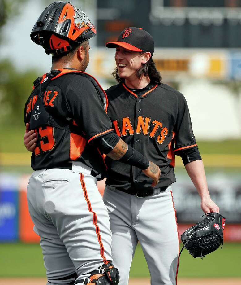 San Francisco Giants' Tim Lincecum and Hector Sanchez during Spring Training at Scottsdale Stadium in Scottsdale, Arizona, on Sunday, March 1, 2015. Photo: Scott Strazzante / The Chronicle / ONLINE_YES