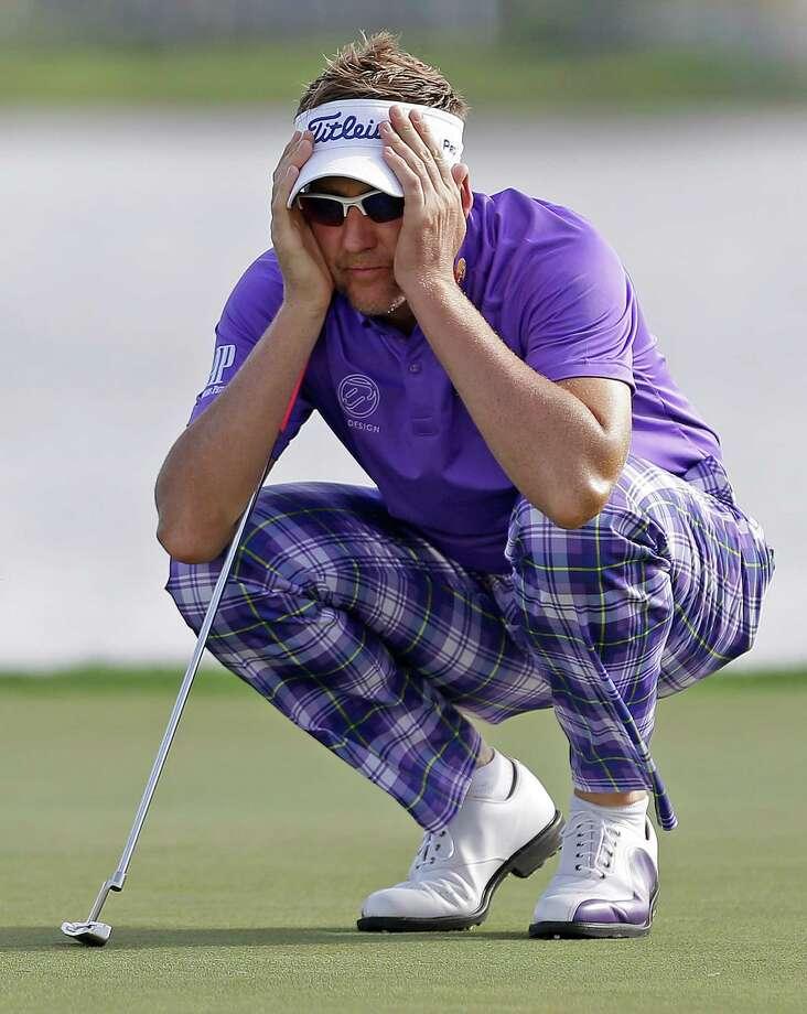 Ian Poulter contemplates a putt at the Honda Classic. Photo: Alan Diaz / Associated Press / AP